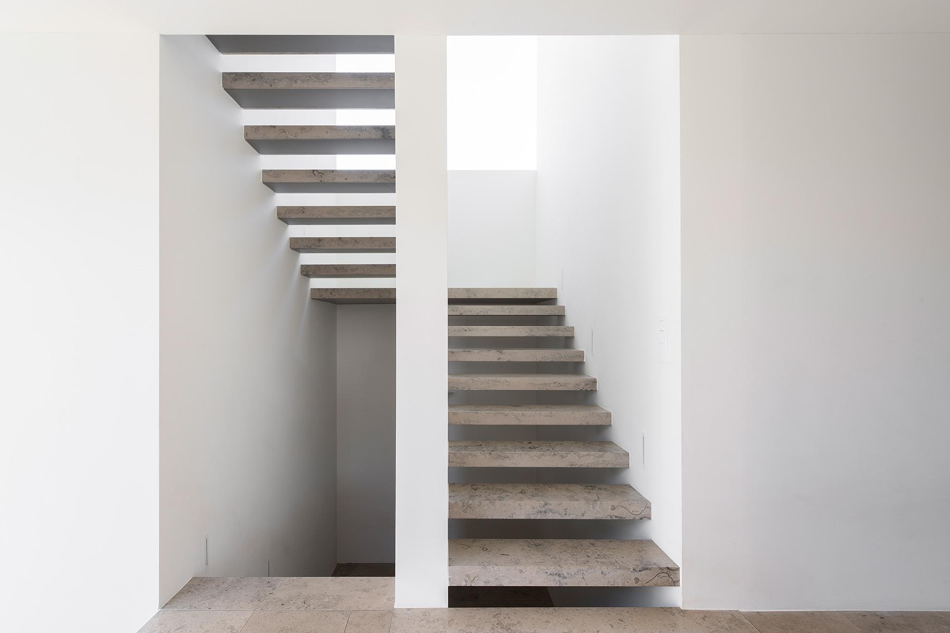Pfister Klingenfuss Architekten, Haus H, Mörschwil, Treppe