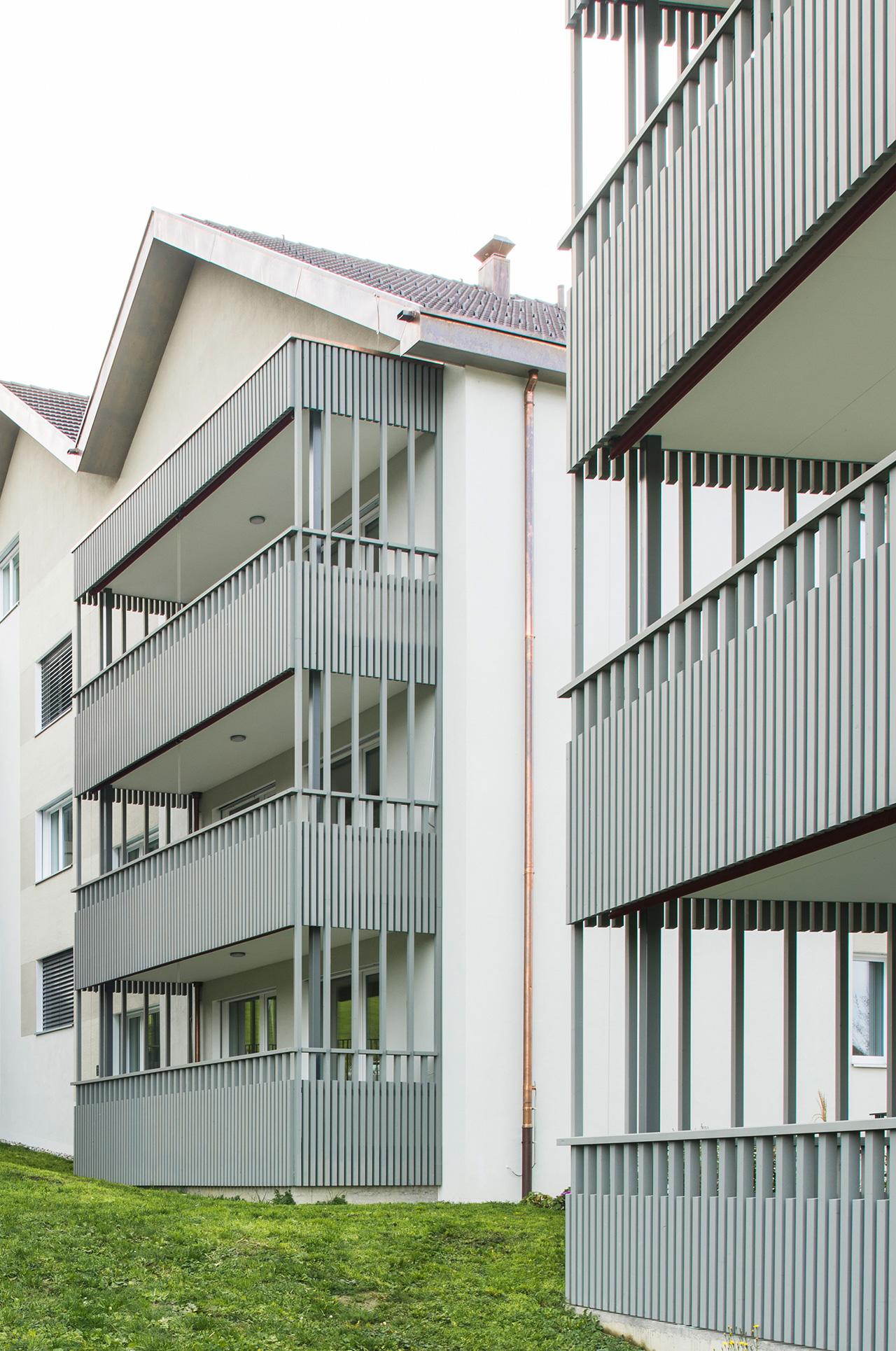 Pfister Klingenfuss Architekten, Wohnhäuser Hintere Wühre, Appenzell, Detail Balkone