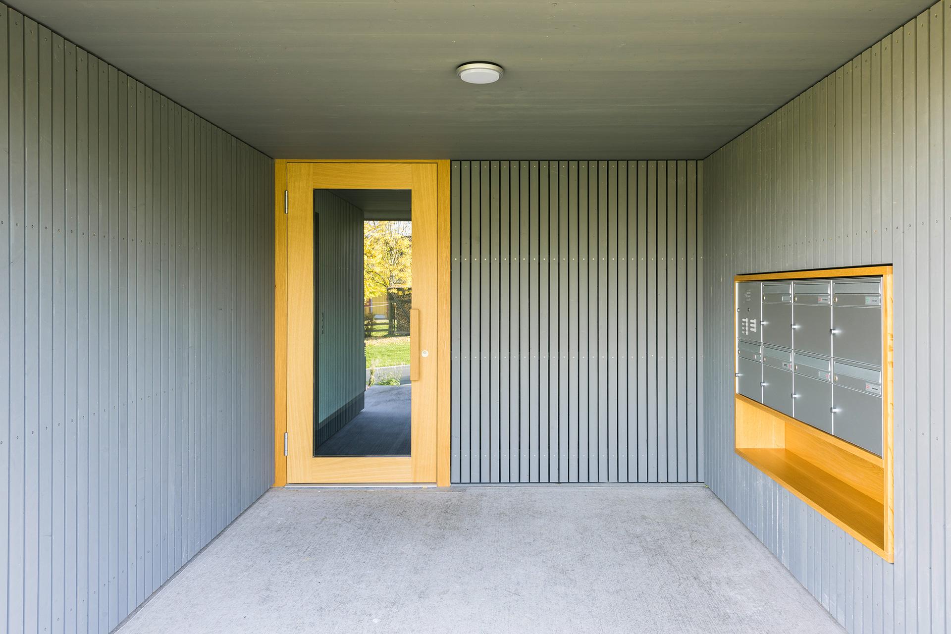 Pfister Klingenfuss Architekten, Wohnhäuser Hintere Wühre, Hauseingang